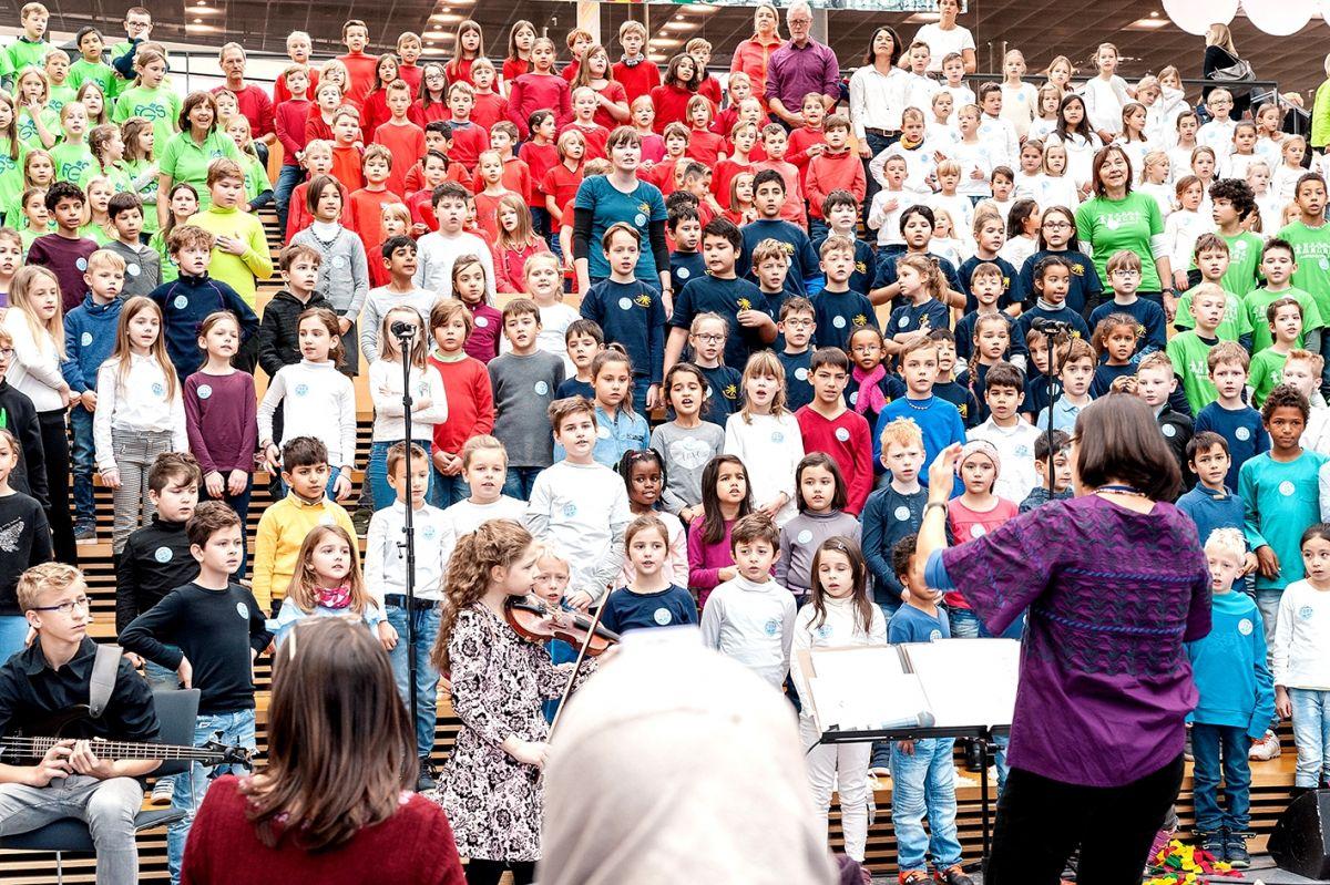 113-Stiftung-Singen-mit-Kinder-2018-11-221