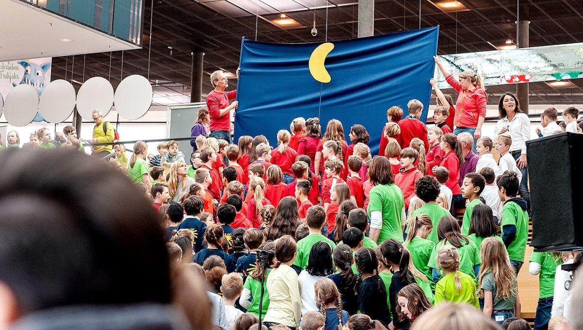 209-Stiftung-Singen-mit-Kinder-2018-11-221